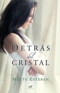 DETRAS DEL CRISTAL